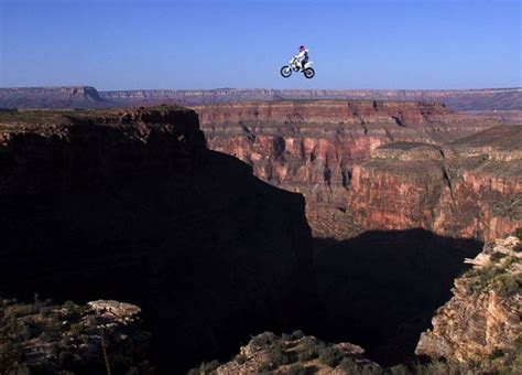 Daredevil leaps: motorcycle jumps and stunts in pictures