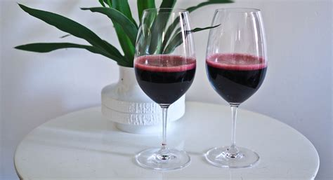 How To Make Your Own Sparkling Shiraz @ Not Quite Nigella